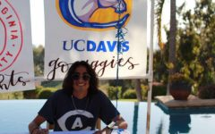 Muñoz officially commits to run track and cross country for UC Davis.